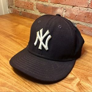 Other - MLB NY New York Yankees Hat KIDS SIZE like new!